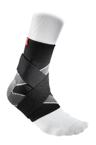 McDavid Ankle Sleeve / 4-Way Elastic With Figure-8 Straps