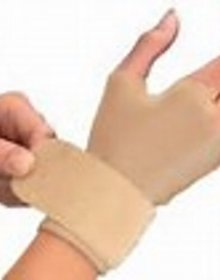 Mueller Sports Medicine Compression Gloves