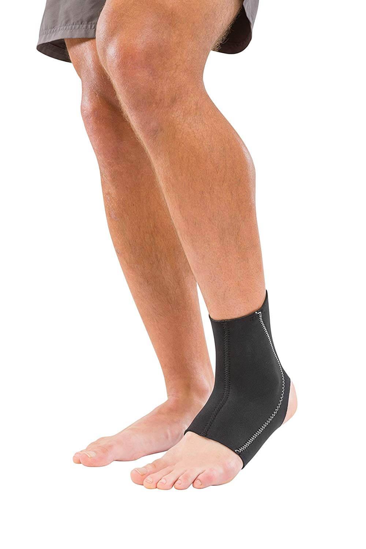 Mueller Sports Medicine Ankle Support